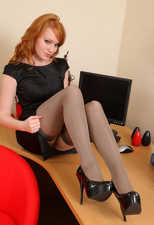Cougar; Amateur Red Head Cougar