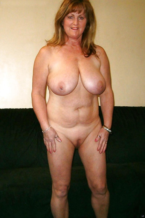 Mature Milf With Big Saggy Tits