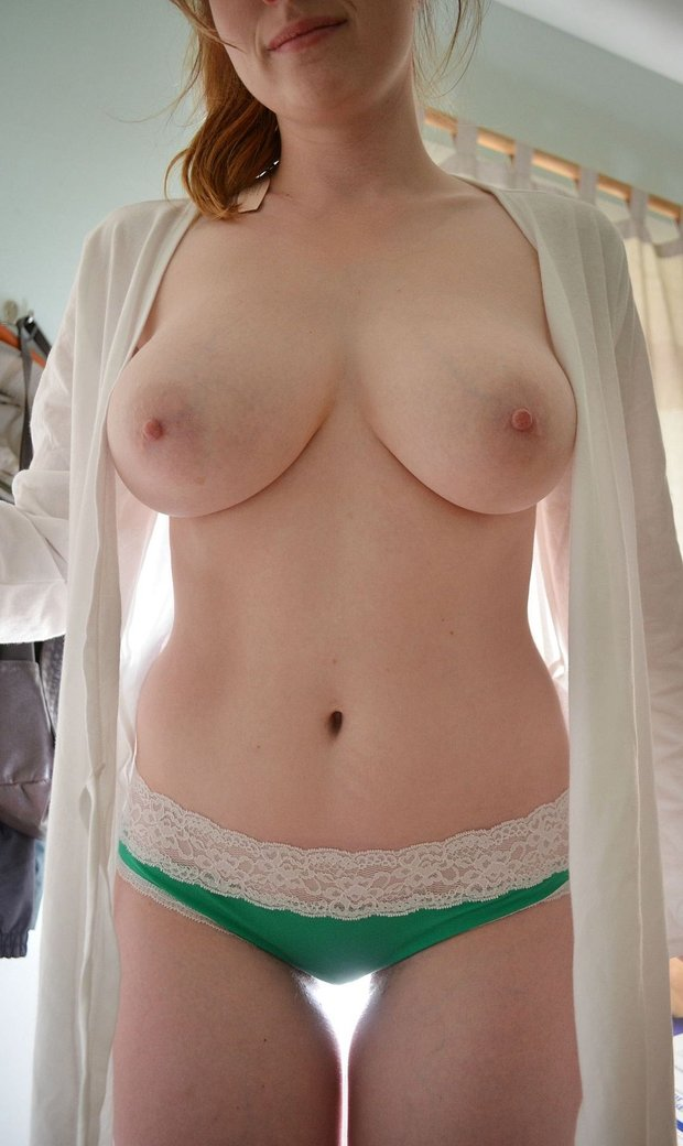 big tits amateur in action page 727