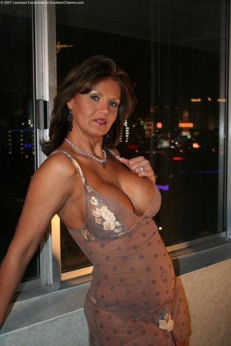 Mature Hairy Big Tits Solo