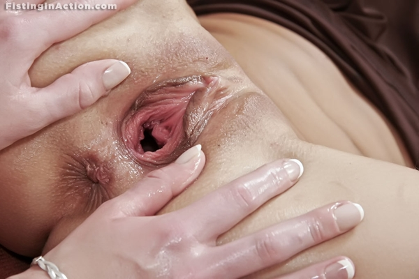 Gapping pussy pic interesting training!!!