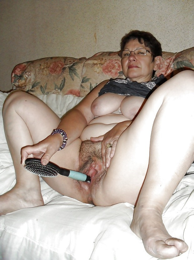 Are Naked mature amateurs bbw seems
