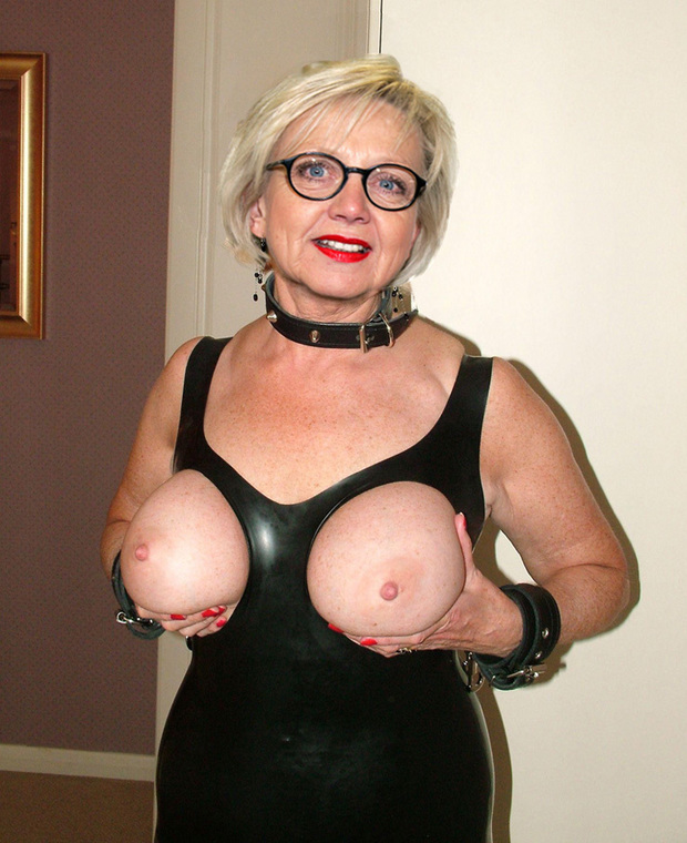 Mature bea cummins