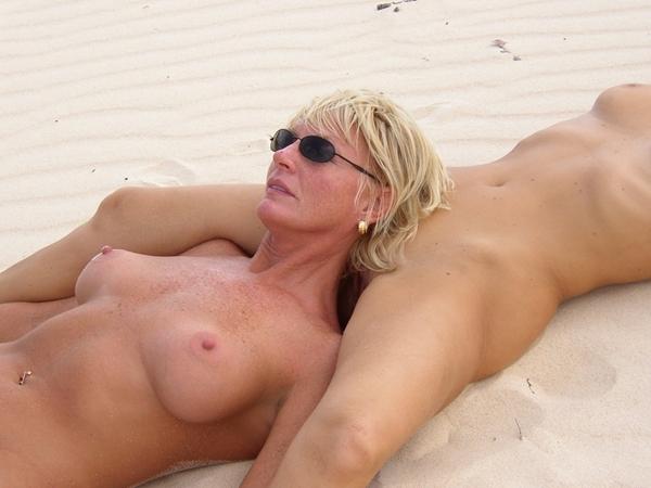 milf blonde sexy