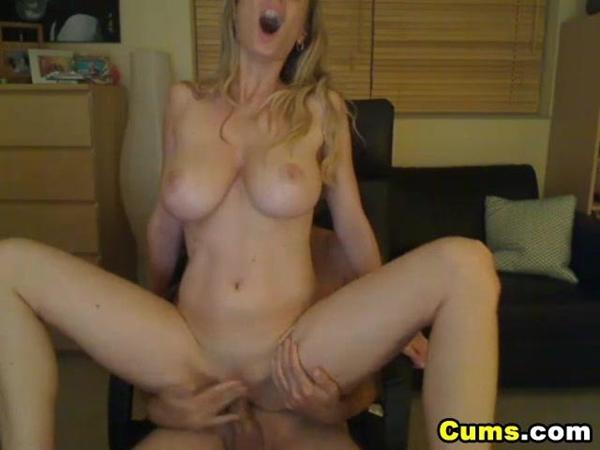 Hot amature with sexy tits fucks