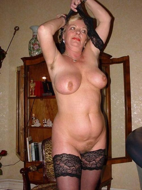 Milf huge tit galleries