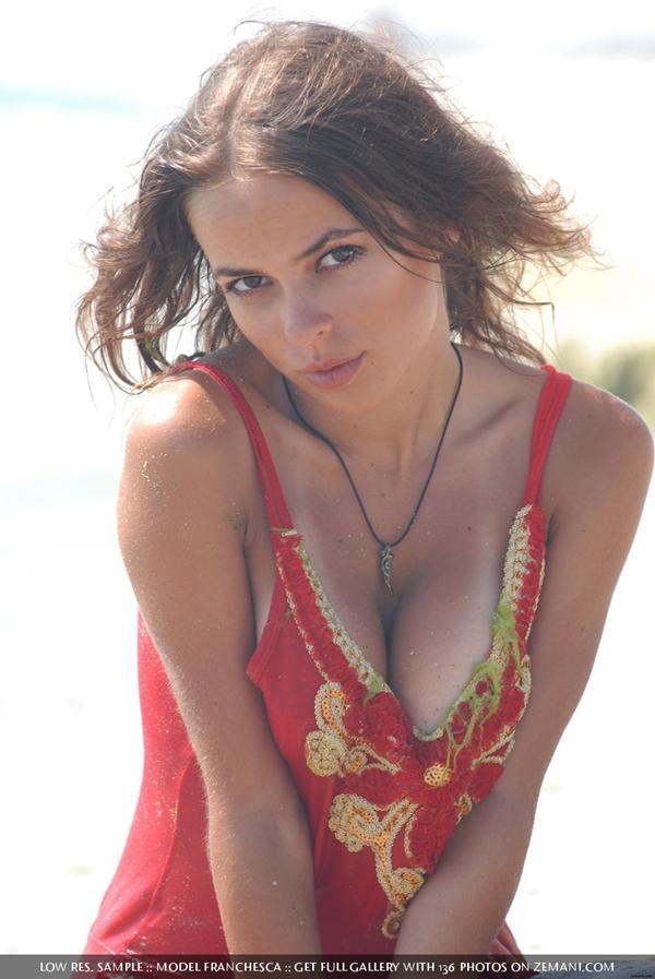 Francesca; Babe Big Tits Brunette