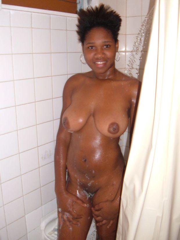 Free ebony amatuer porn