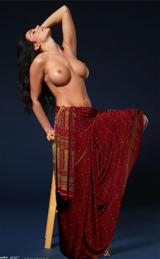 who; Asian Babe Big Tits Indian