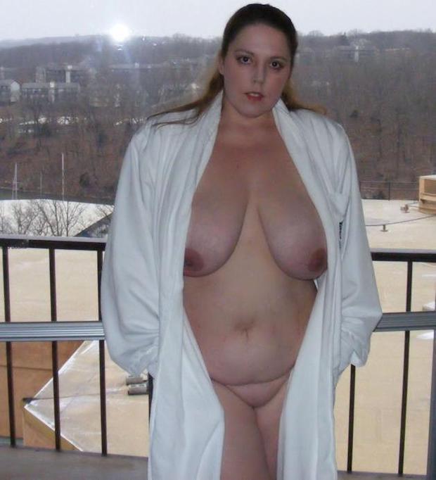 wife robe under Bbw naked