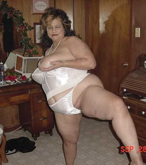 Amateur bbw lingerie