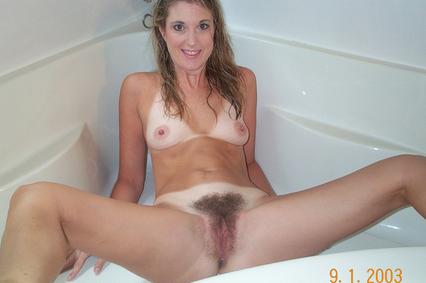 Hairy blonde amateur milf free video clips