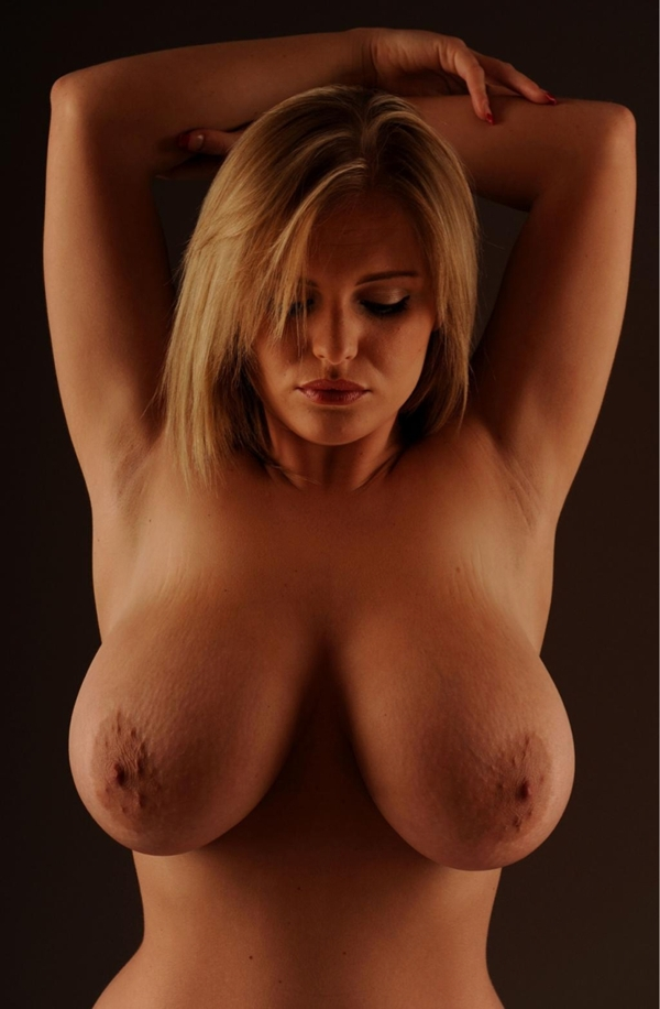 big-natural-tits-babe videos - XVIDEOSCOM