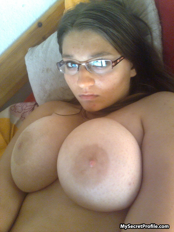 Girl with big boobs tits