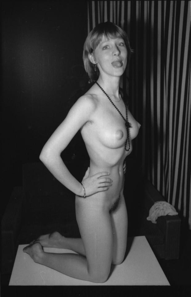 Vintage nude amateur can