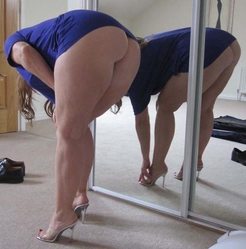 Sexy amateur cougar ass you