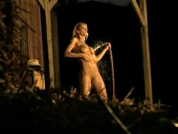 Hot evening, hot blonde rinses off her sweaty body outdoors; Amateur Big Tits Blonde Hot Athletic
