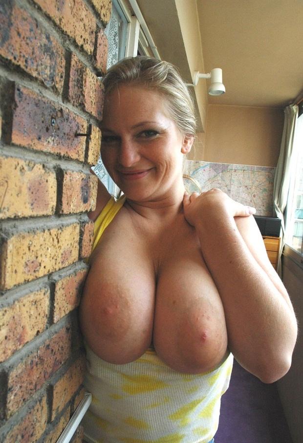 nicki minaj boobs dailymotion