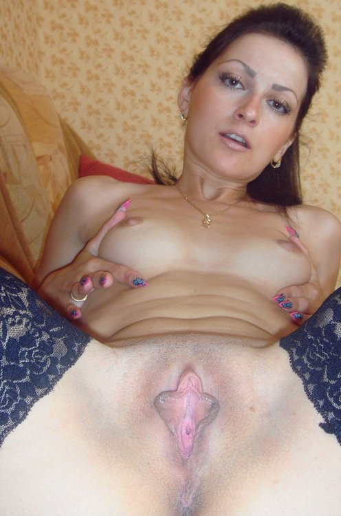 Amateur natural big tits