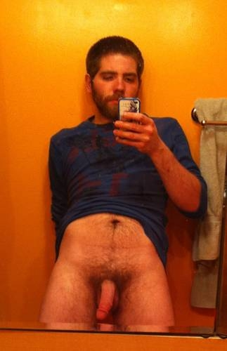 naked cell phone pic; Amateur Men