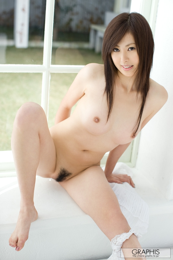 [Graphis] 200 - Rie Sakura; Asian Unshaven