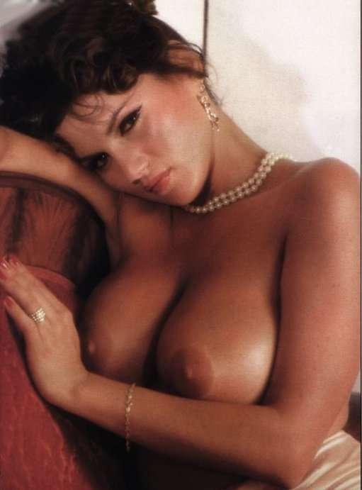 ...; Babe Big Tits Brunette Celebrity Vintage